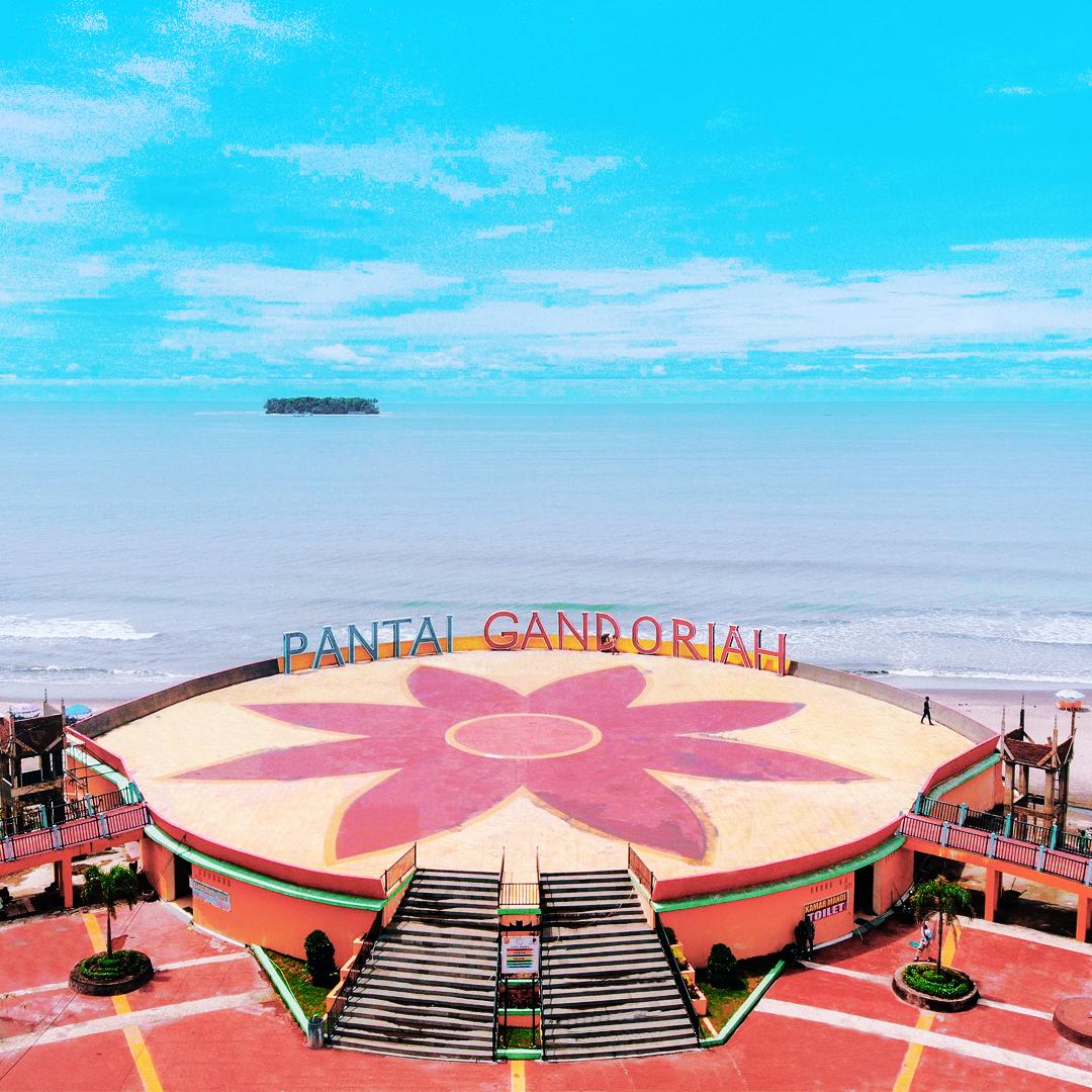 Destinasi Wisata Sumbar - Pantai Gandoriah